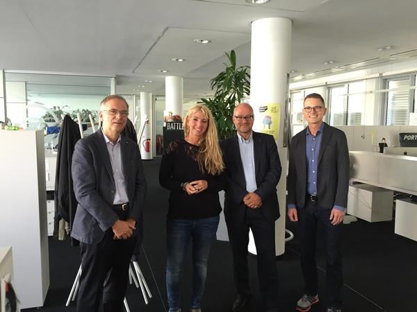 Heribert Hirte (MdB CDU), Nadine Monschau (Senior Manager Localization EA), Matthias W. Birkwald (MdB Die Linke) und Jens Kosche (Geschäftsführer EA Deutschland) (v.l.) (Bild: EA Deutschland)